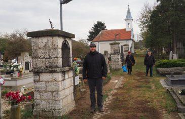 Új napelemes lámpák a diszeli temetőben
